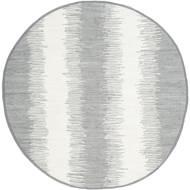 Safavieh Montauk 4' Round Hand Woven Cotton Pile Rug in Gray - image 1 de 1