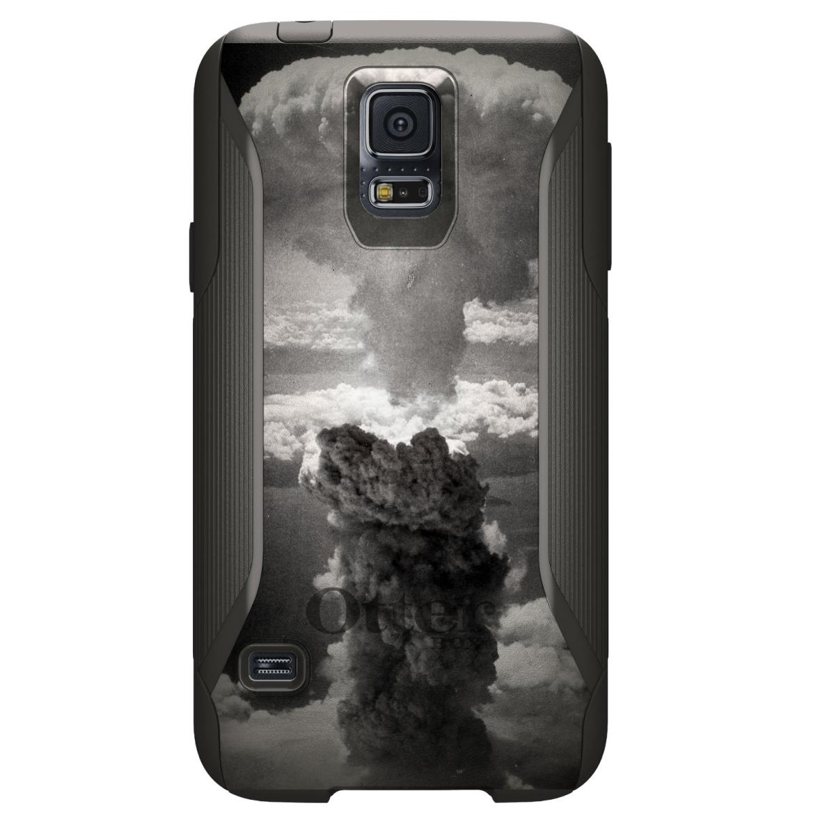 DistinctInk™ Custom Black OtterBox Commuter Series Case for Samsung Galaxy S5 - Nuclear Mushroom Cloud