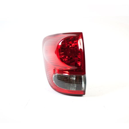 Tail Light Assembly LH/Drive Outer for 05 07 Toyota Sequoia 11-6114-00-1 TYC