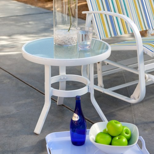 Coral Coast 20 in. Patio Side Table