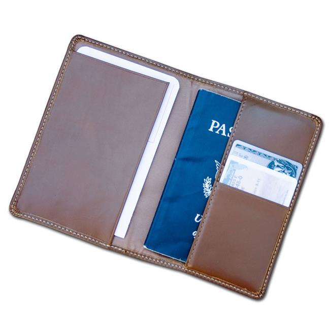 Dacasso Limited A3242 Rustic Brown Leather Passport Holder