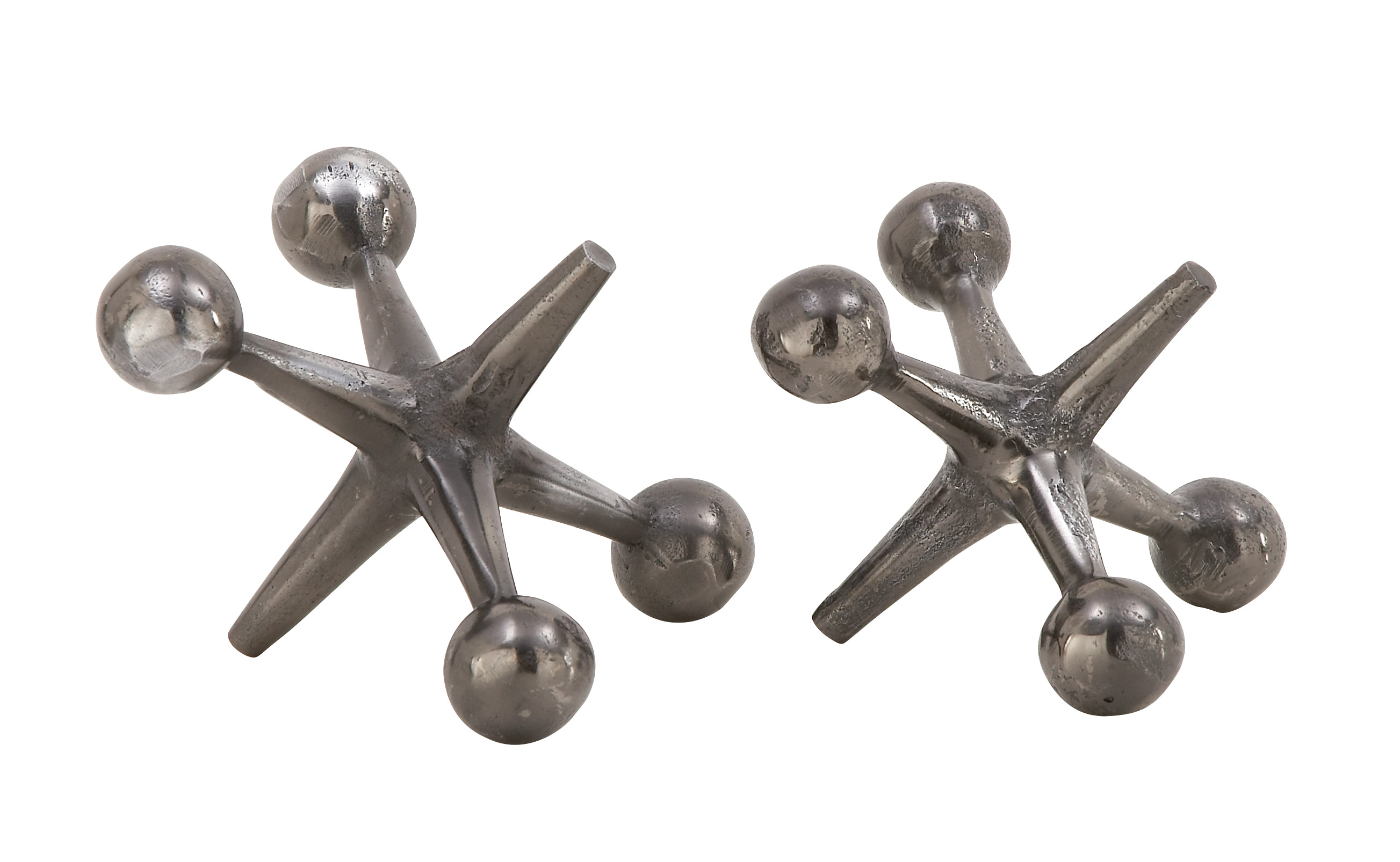 Decmode Industrial 7 And 8 Inch Gray Aluminum Jack Sculptures, Gray Set of 2 by Decmode