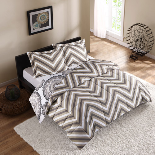 Style Lab Delphine Reversible Bedding Comforter Set with 3M Stain Release Treatment