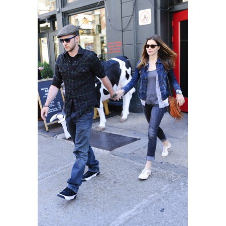 Justin Timberlake Jessica Biel Leave A Tribeca Restaurant Out And About For Celebrity Candids - Wednesday  New York Ny May 5 2010 Photo By Ray TamarraEverett Collection Celebrity