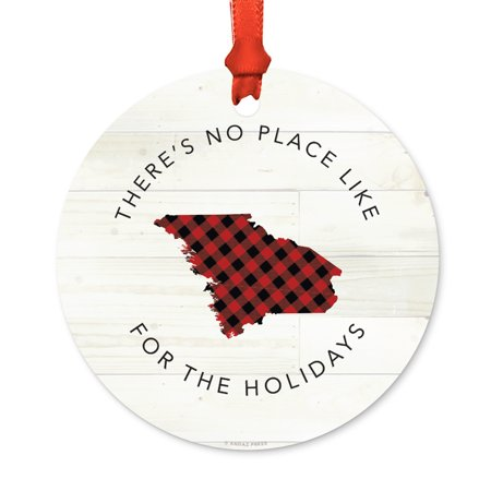 Us State Round Metal Christmas Ornament  Red Plaid On Light Rustic Wood  Maine  Includes Ribbon And Gift Bag