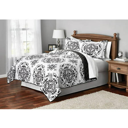 Mainstays Classic Leaf Damask Patterned Quilt, 1 Each