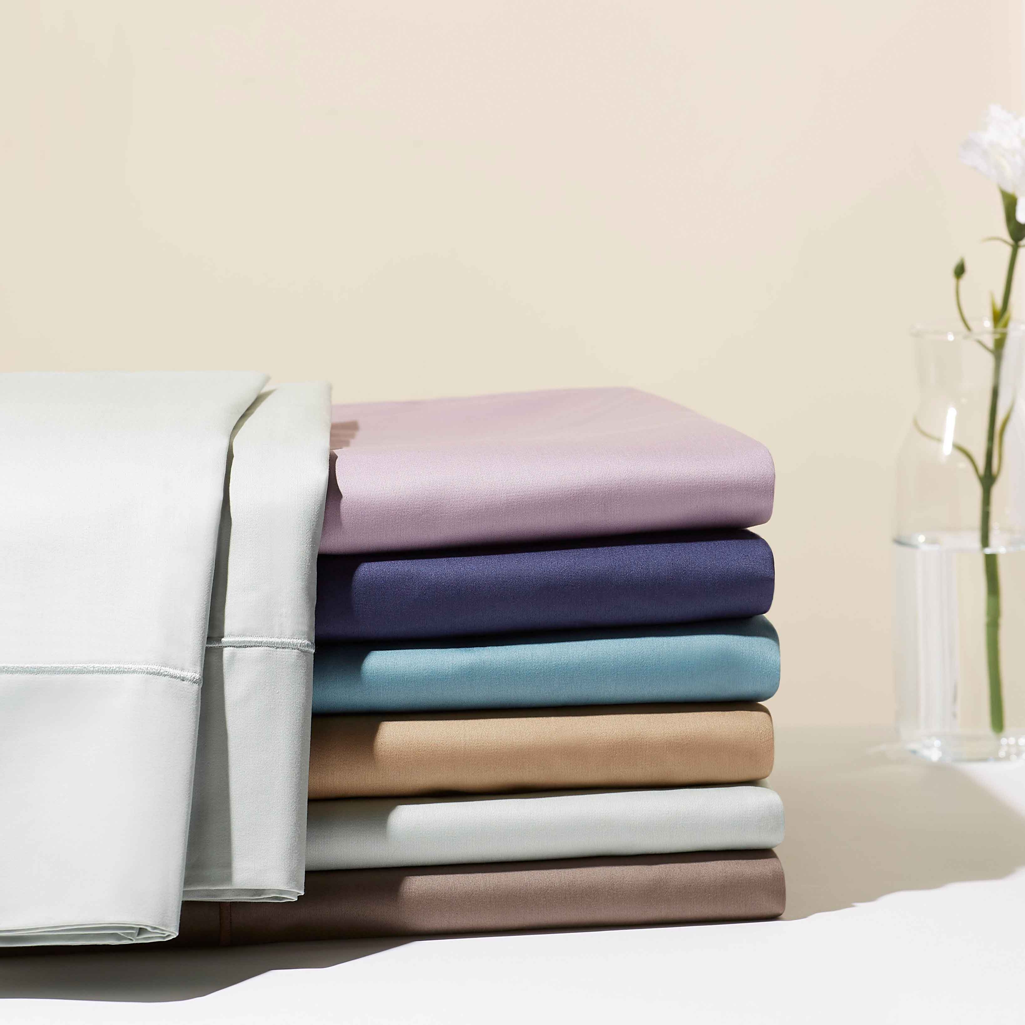Hotel Style 600-Thread Count Luxury Cotton Sateen Sheet Collection