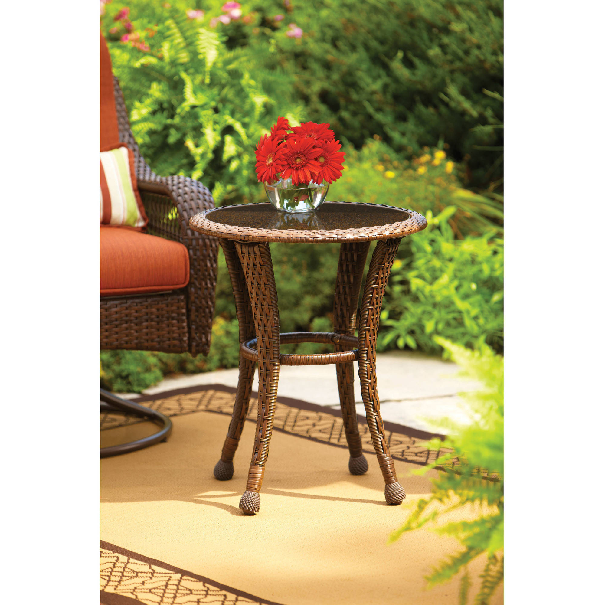"Better Homes and Gardens Azalea Ridge 20"" Round Outdoor Side Table"