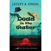 Eve Appel Mystery: Dead in the Water (Paperback)