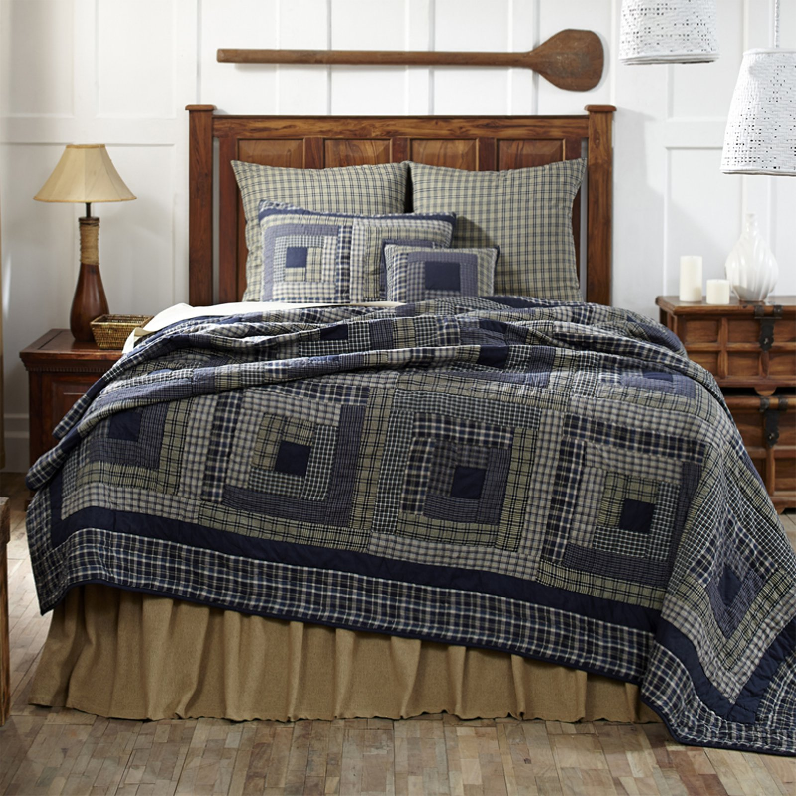 Columbus Quilt by VHC Brands