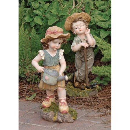 Design Toscano Fanny and Frank Farmer Garden Statue Set