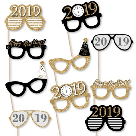 New Year's Eve Glasses - Gold - 2019 Paper Card Stock New Year's Party Photo Booth Props Kit - 10 - Masquerade New Years Eve Party
