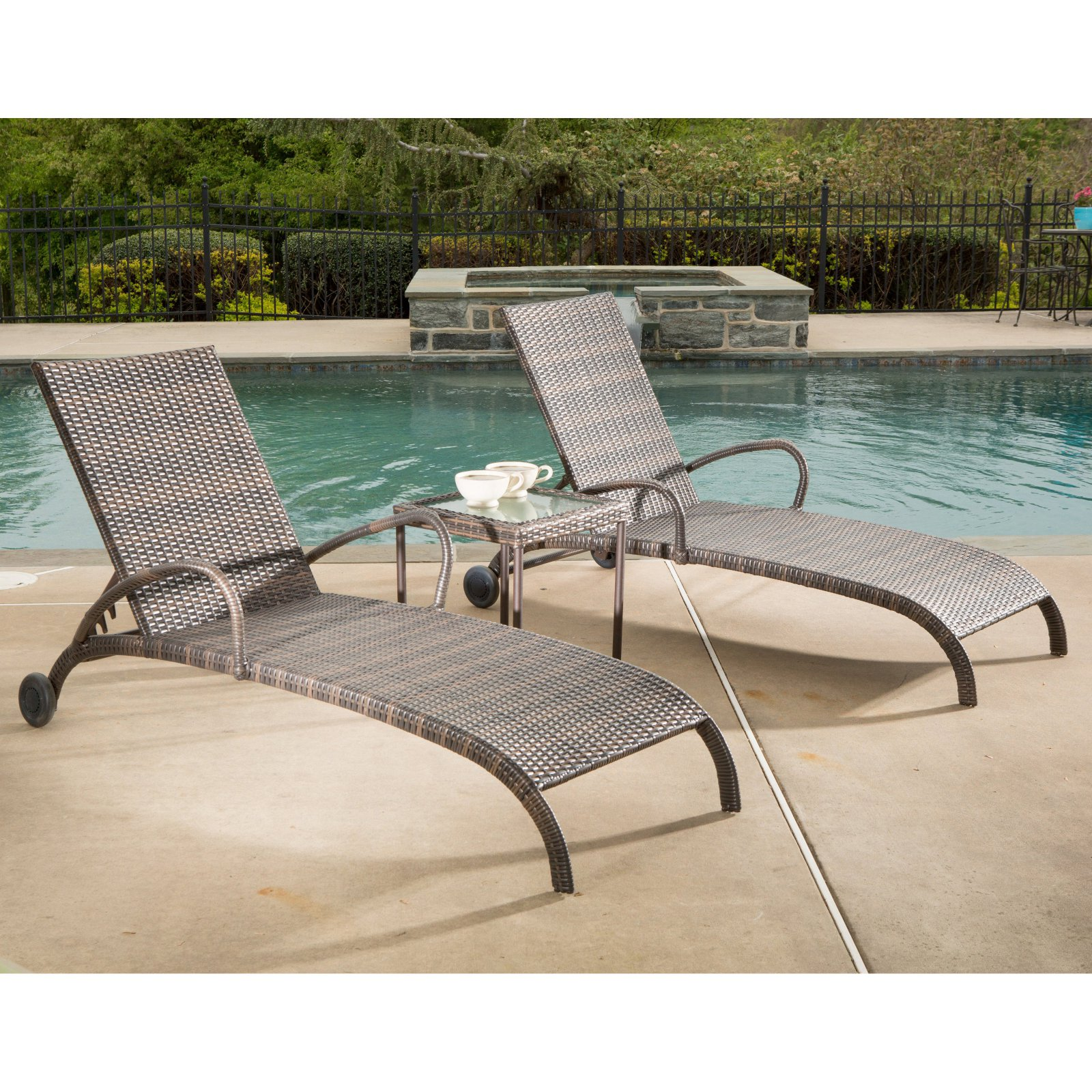 Alfresco Tutto All-Weather Wicker Chaise Lounge Set