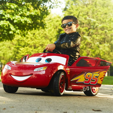 Disney Pixar Cars 3 Lightning McQueen 6V Battery-Powered Ride On by Huffy (Lightning Mcqueen Halloween Stencil)
