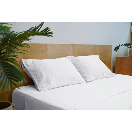 Mezzati Two Pillow Cases – Soft and Comfortable Brushed Microfiber Collection Bedding (White, Set of 2 Standard Size Pillow Cases)
