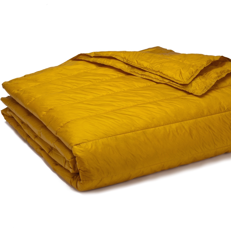 PUFF Down Alternative Indoor/Outdoor Water Resistant Blanket