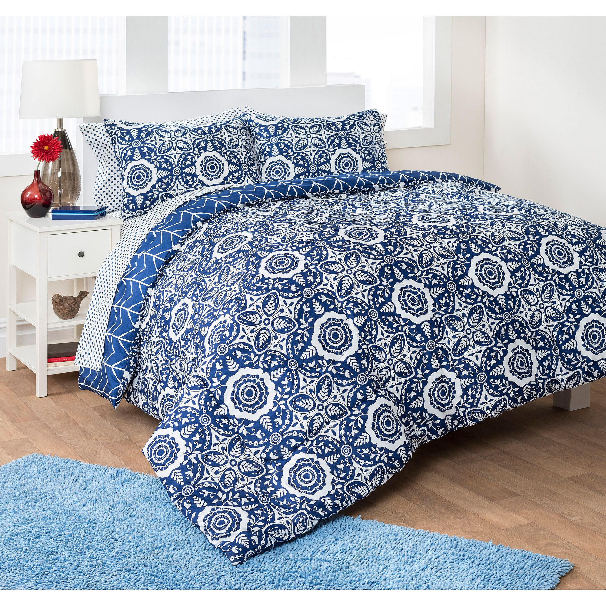 Formula Folklore Medallion Bed in a Bag Bedding Set