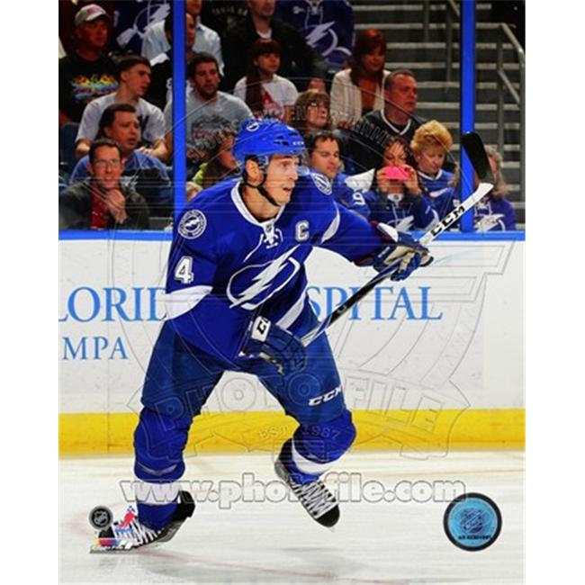 Photofile PFSAAOL15201 Vincent Lecavalier 2011-12 Action Poster by Unknown -8.00 x 10.00 - image 1 of 1