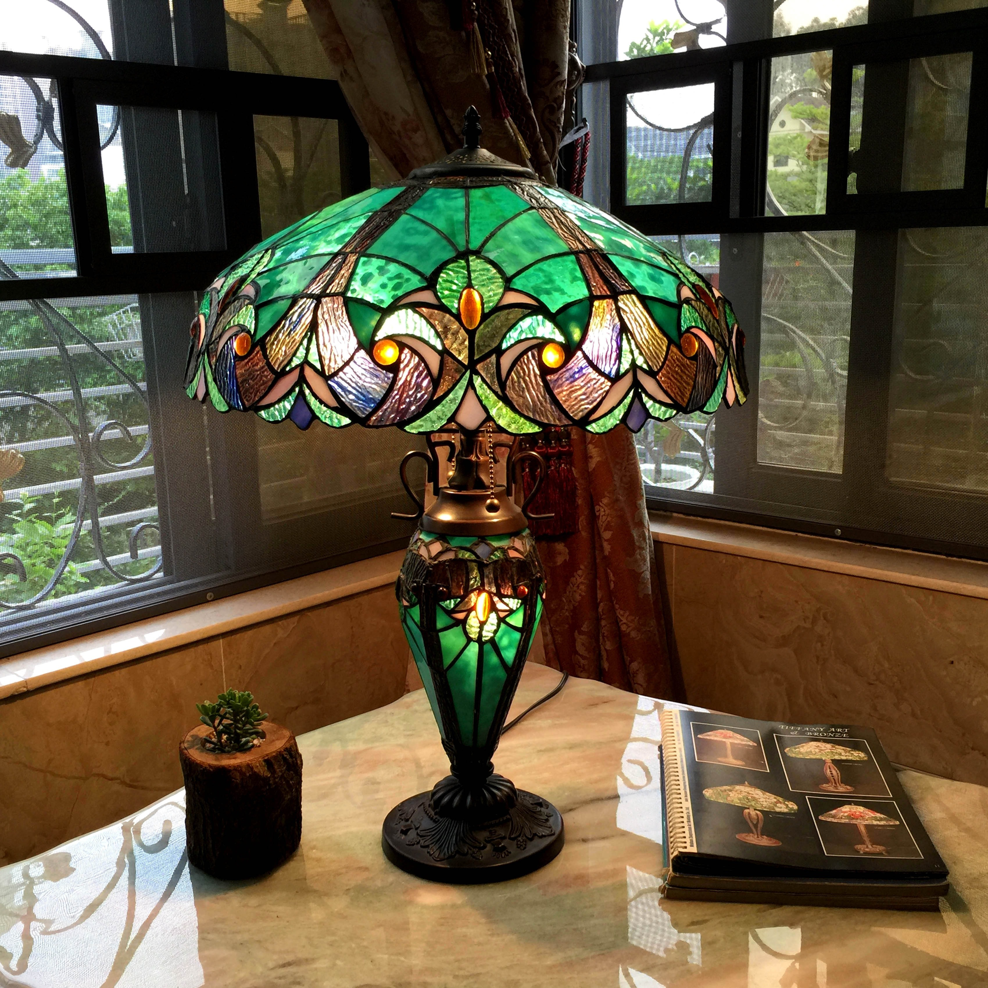 Tiffany Style Table Lamp Bedroom Stained Glass 18 Shade Night Light