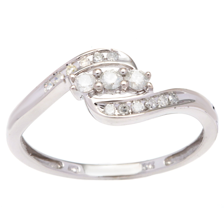 Malin + Mila 10k White Gold 1/4ct TDW 3-stone Diamond Ring