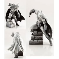 Kotobukiya DC Comics: Batman Arkham Series 10th Anniversary ARTFX Statue (Toys)