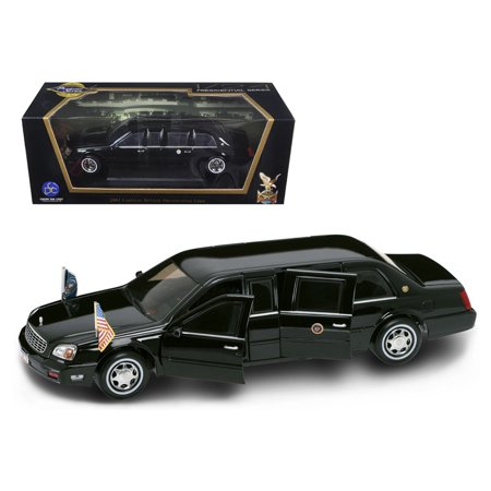 2001 Cadillac Deville Presidential Limousine Black with Flags 1/24 Diecast Car Model by Road Signature (Cadillac Presidential Limousine)