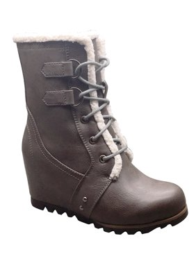 Women's Time and Tru Wedge Winter Boot
