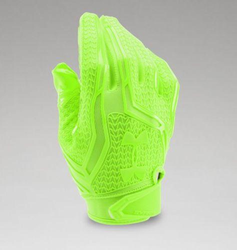 Under Armour Mens Swarm II Football Gloves