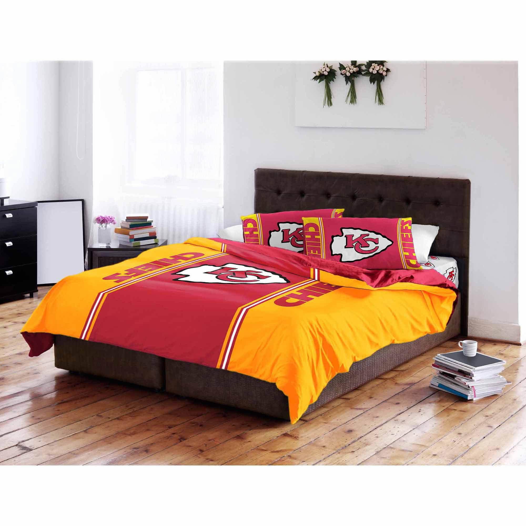 NFL Kansas City Chiefs Twin/Full Bedding Comforter
