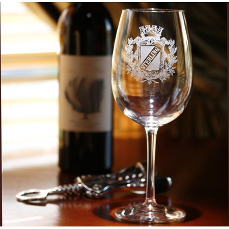 Personalized with name on stock crest wine glasses (Stock Wing)