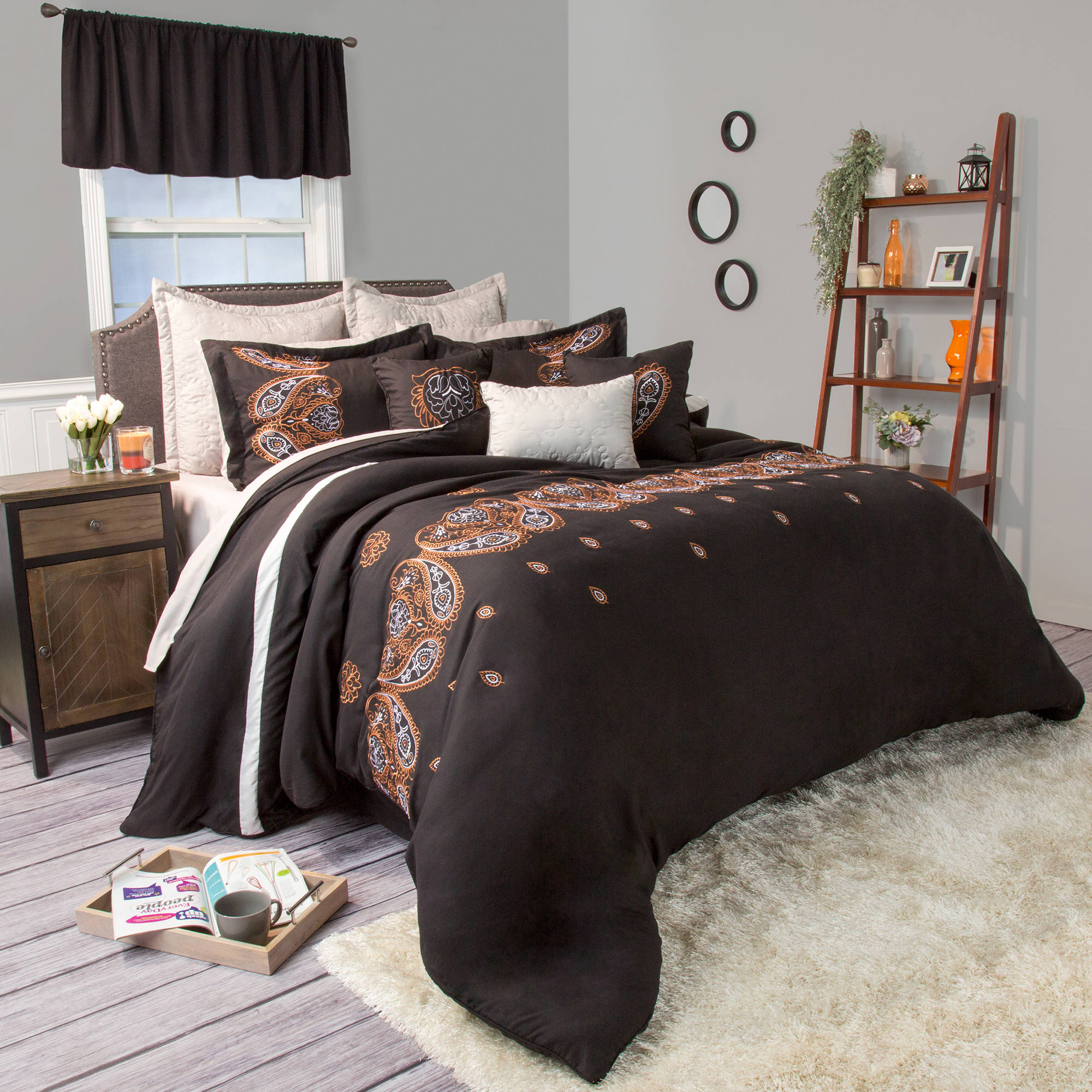 Somerset Home Ashley 17-18 Piece Bedding Comforter Set