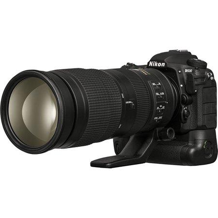 Nikon D500 DSLR Camera Sports and Wildlife Kit