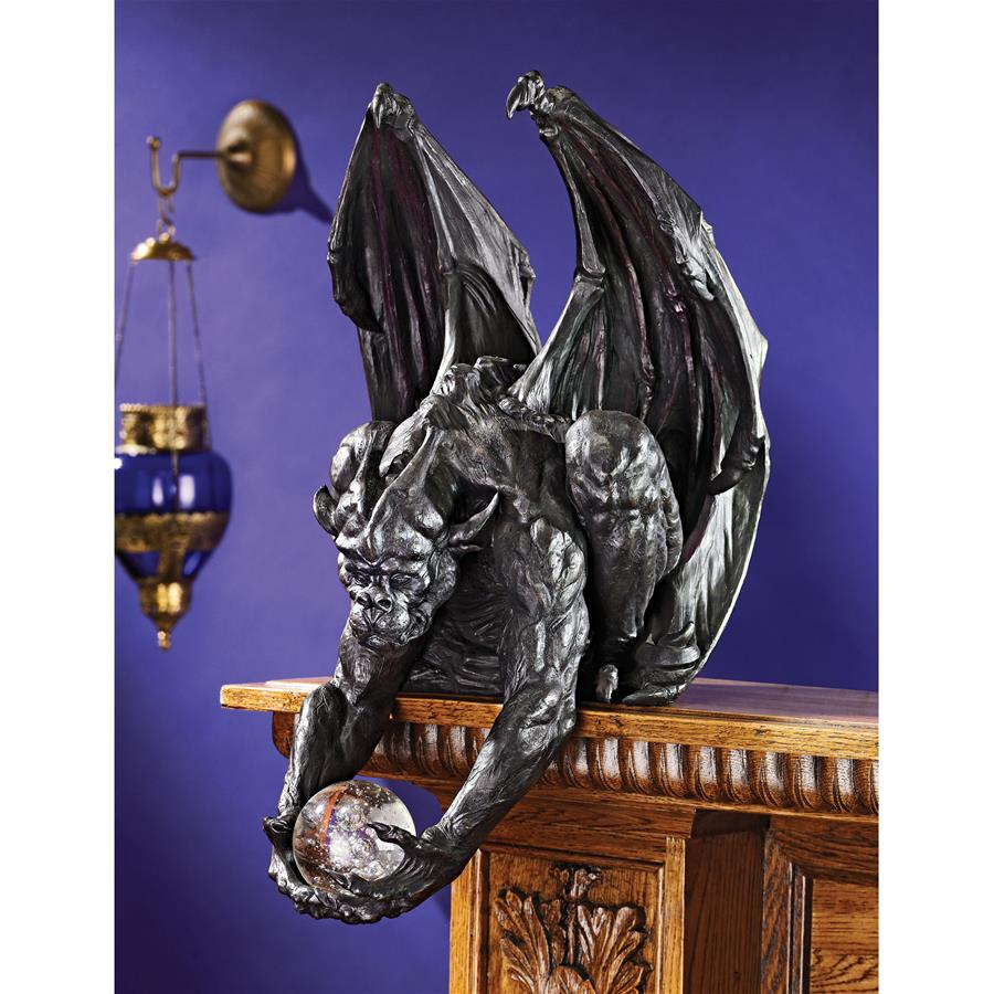 Design Toscano Clutch, Keeper of the Mystic Orb Gargoyle Sitter Statue
