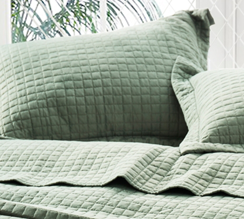 BYB Classic Supersoft Quilt Pre-Washed with Cotton Fill Moss Green by Byourbed