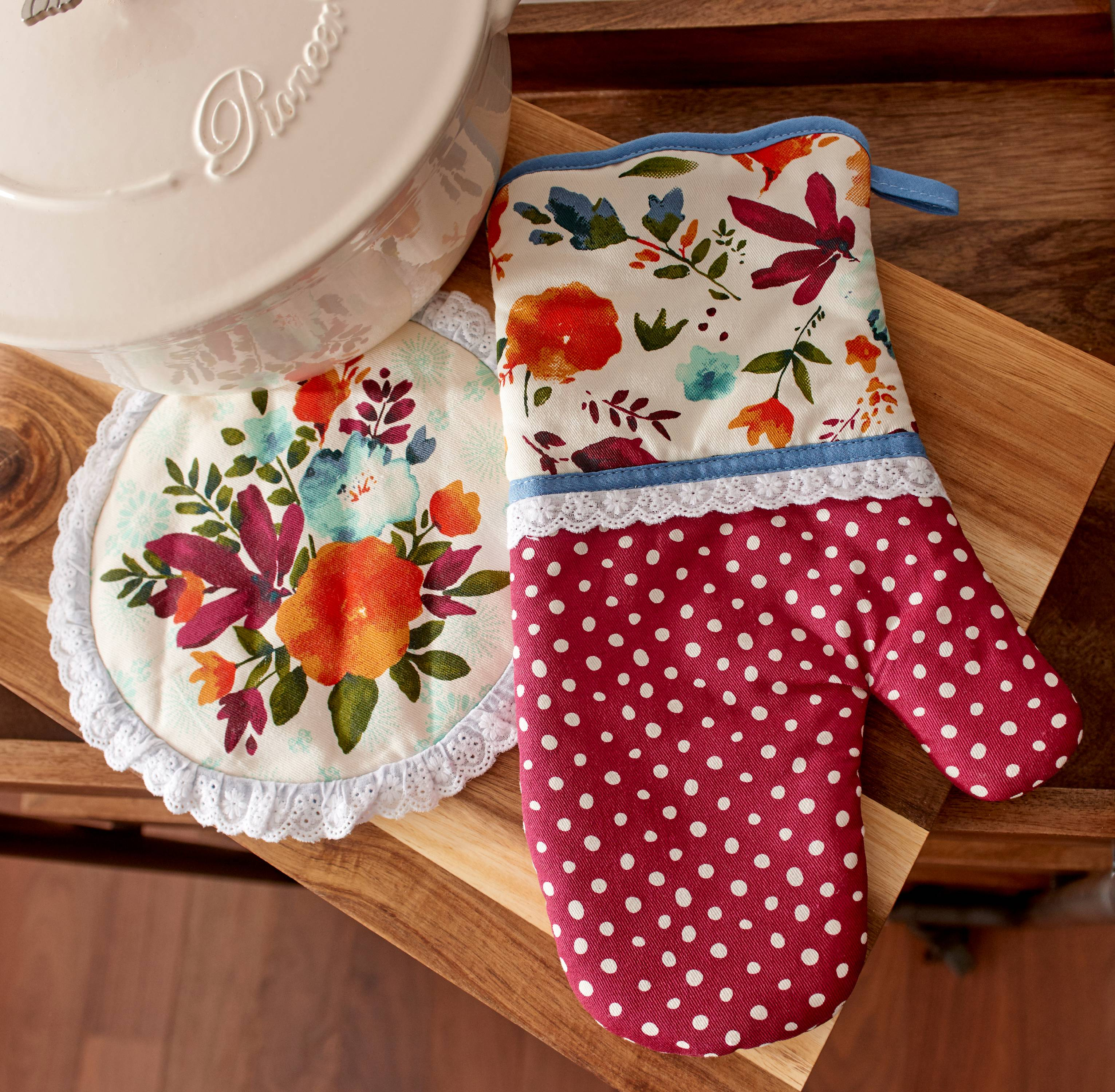 The Pioneer Woman, Willow Oven Mitt & Pot Holder 2 Pack Set