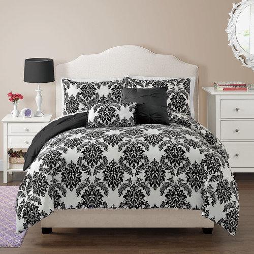 VCNY Chelsea Comforter Set
