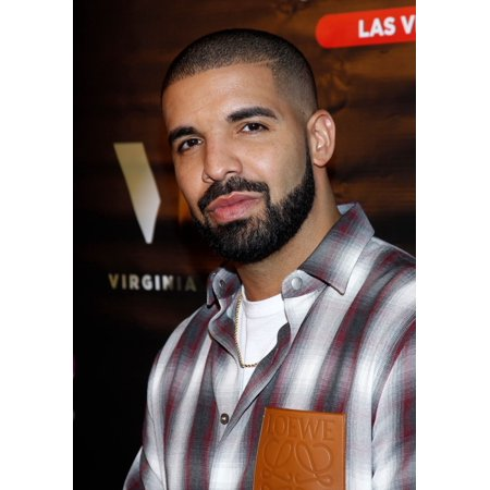 Vegas 20 Piece - Drake At Arrivals For Drake Debuts The Night Owl Goblet With Virginia Black Whiskey Sugar Factory American Brasserie Las Vegas Nv May 20 2017 Photo By JaEverett Collection Celebrity