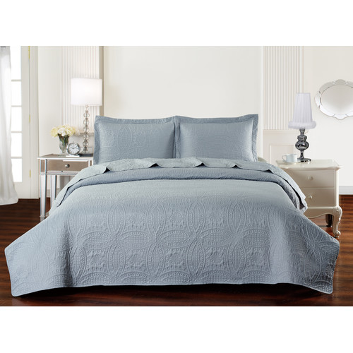 De Moocci Classic Coverlet Set by
