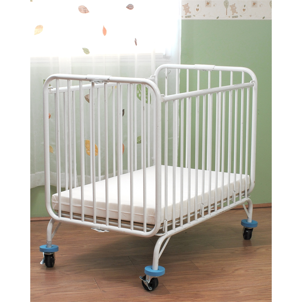 L.A. Baby Holiday Crib, White
