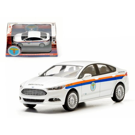 2013 Ford Fusion The City of New York Department of Sanitation (DSNY) 1/43 Diecast Car Model by