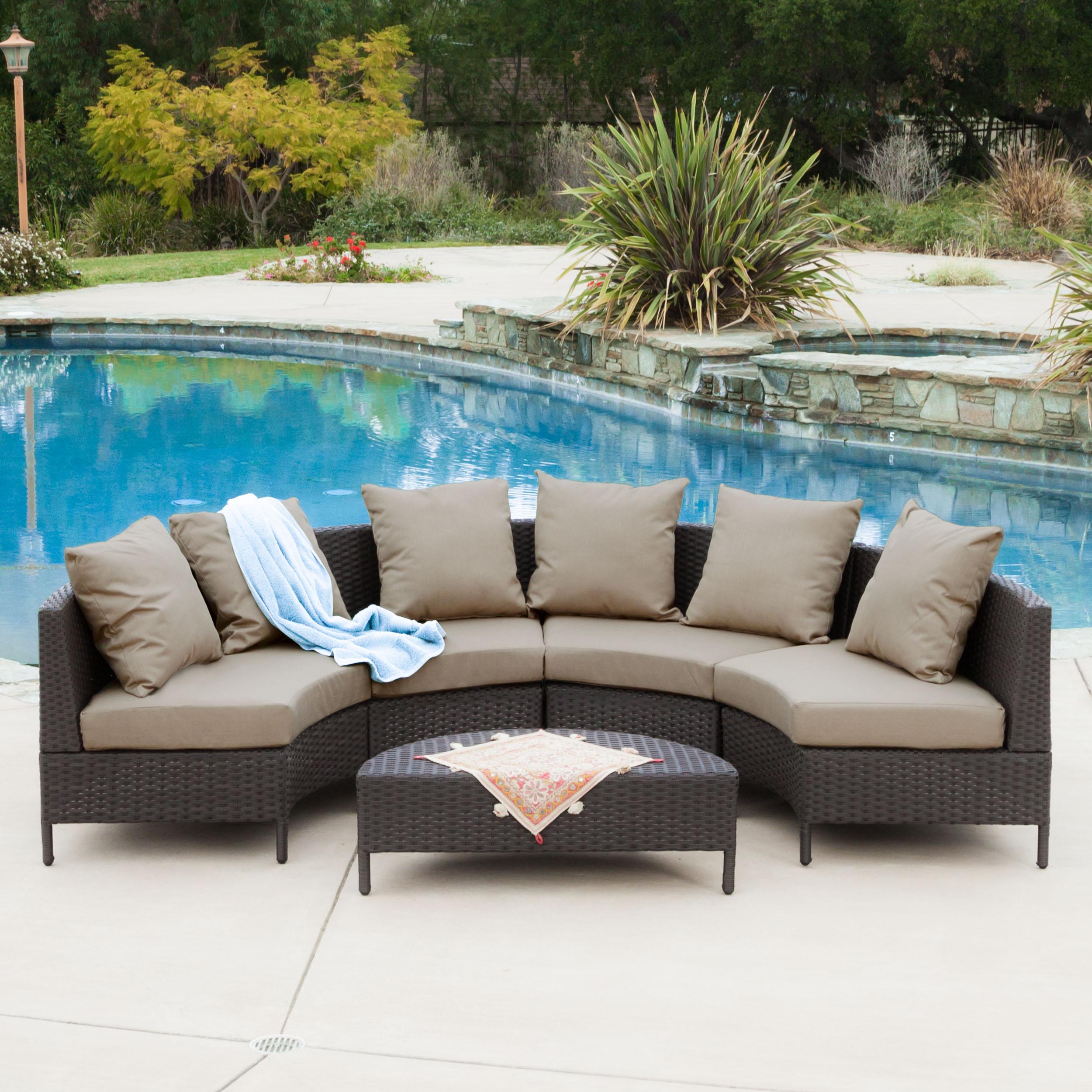 Miggy Outdoor 5-piece Dark Brown Wicker Lounge Set