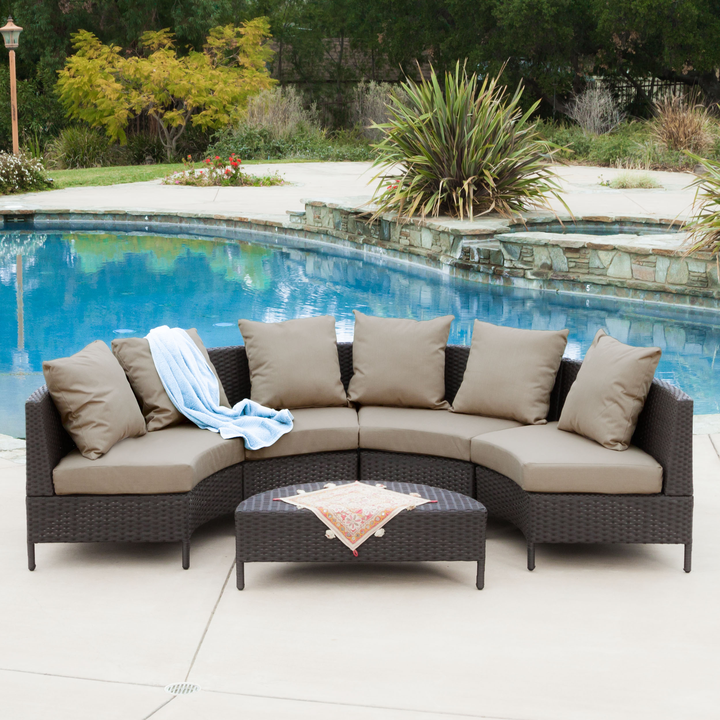 Miggy Outdoor 5 Piece Dark Brown Wicker Lounge Set