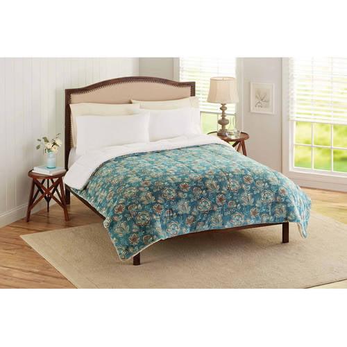 Better Homes & Gardens Velvet Plush Reverse to Sherpa Bedding Comforter, Full/Queen, Nimbus Blue Jacobean