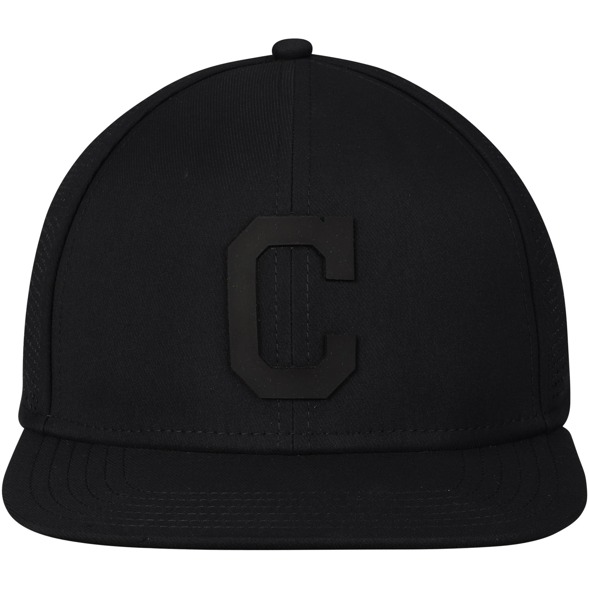 on sale 6dacd 7691d Cleveland Indians Under Armour Supervent Performance Team Logo Adjustable  Hat - Black - OSFA - Walmart.com