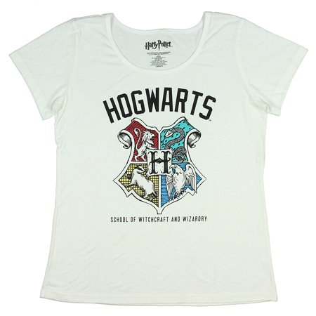 Witchcraft Clothes (Harry Potter Juniors Hogwarts School Of Witchcraft And Wizardry T-Shirt)