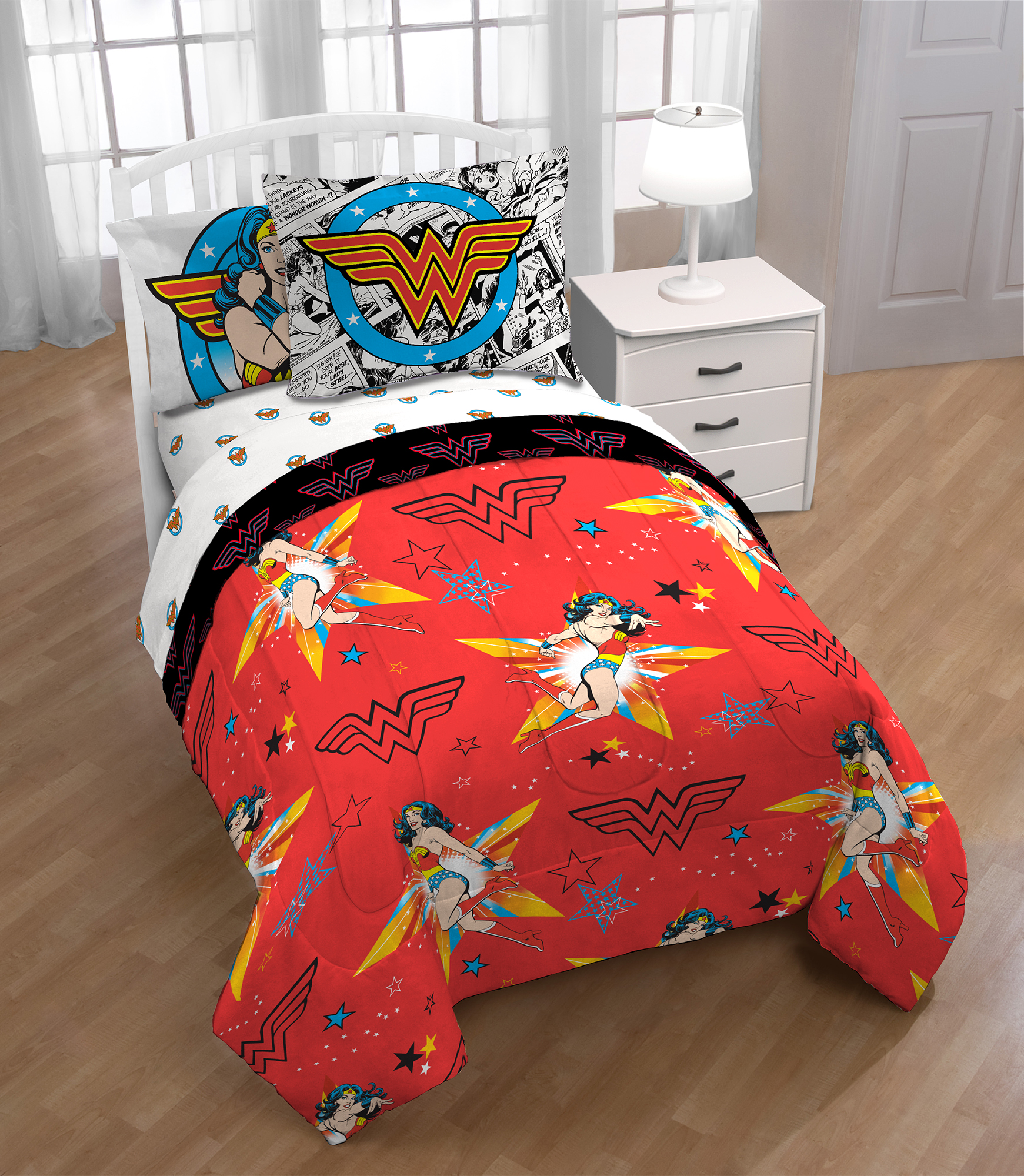 "Wonder Woman ""Star of Justice"" Kids Twin Bed in a Bag Bedding Set by Franco Manufacturing"