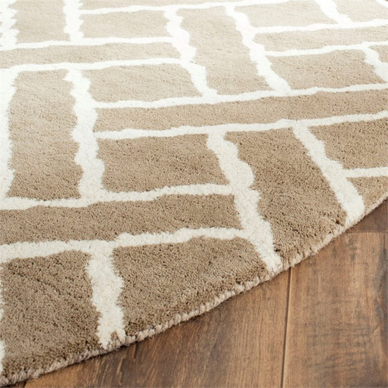 Safavieh Chatham 4' X 6' Hand Tufted Wool Rug in Beige and Ivory - image 6 of 10