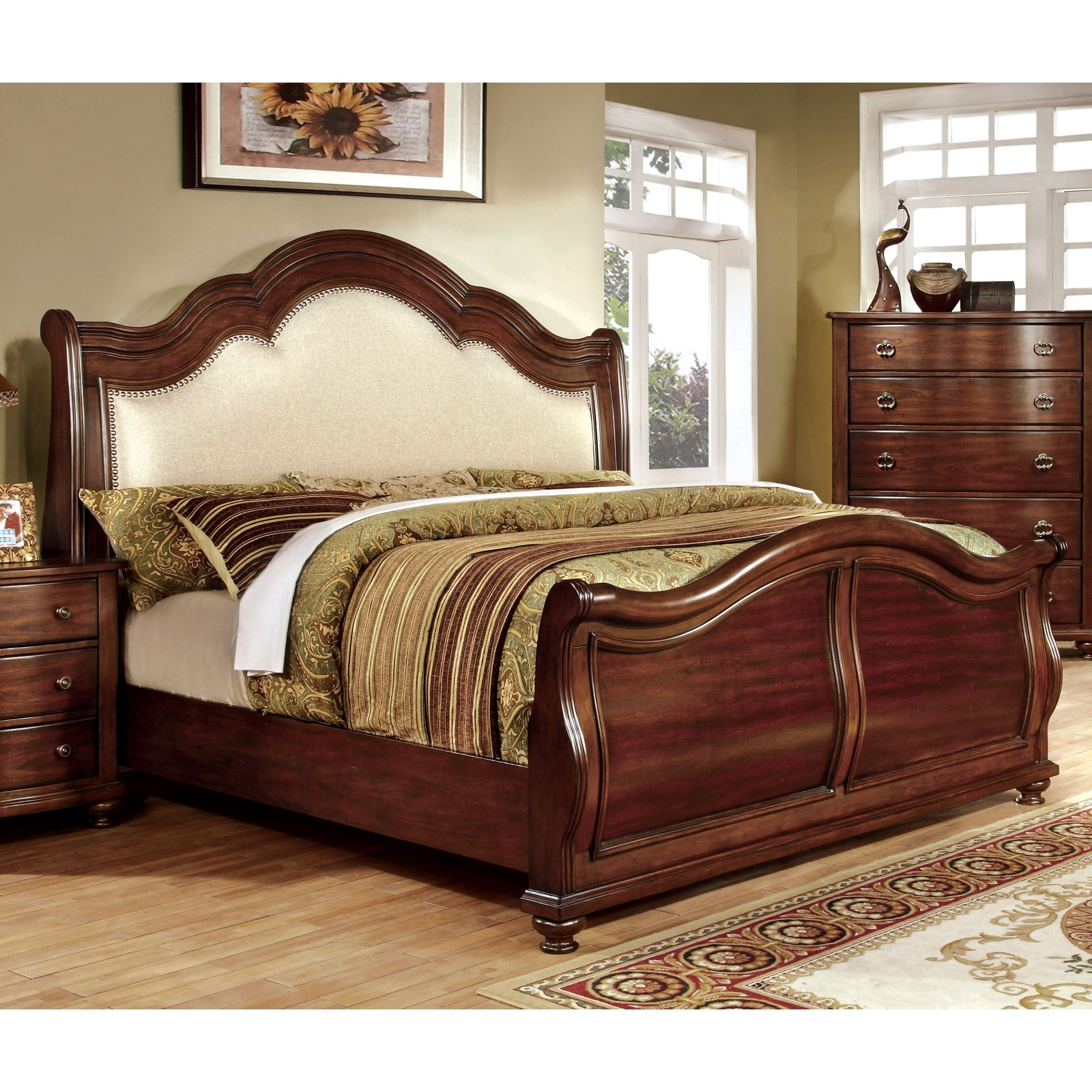 Furniture of America Meveena Sleigh Bed