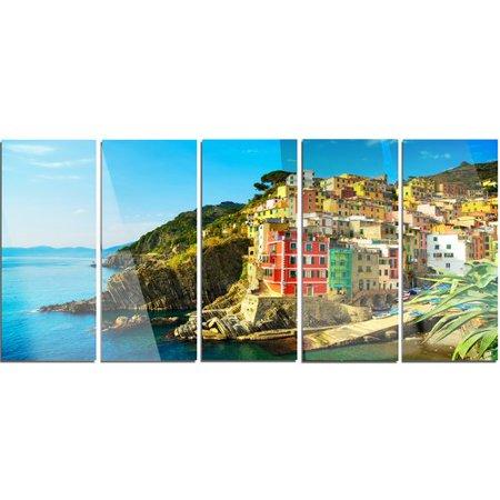 Design Art 'Riomaggiore Village Rocky Beach' 5 Piece Photographic Print on Metal Set ()