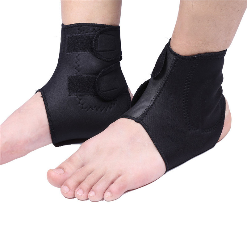 Professional Plantar Fasciitis Foot Sleeve with Compression Straps Adjustable Self-heating Ankle Support Brace for Bone hyperplasia, Arthritis, Muscle Soreness